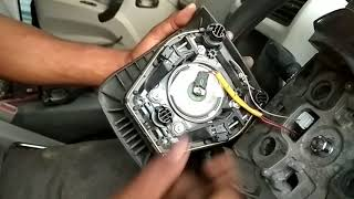 Download How to remove and install Mahindra Scorpio airbag Video