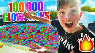Download FILLING MY POOL WITH 100,000 GLOW STICKS!! **LIT** Video