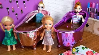 Download Mother's Day ! Elsa and Anna toddlers - surprise - gifts - spa - cake - bath - nails painting Video