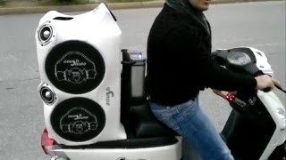 Download Dousissound Touts Ηχοσύστημα σε μηχανάκι scooter Sym Com biz best things in life are free Video