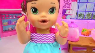 Download Color Changing Teacup Surprise Tea Party Baby Alive That Wets Diaper + Queen Elsa - CookieswirlC Video