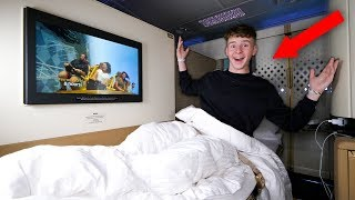 Download Kid Spends The Night on $21,000 FIRST CLASS Airplane Seat Video