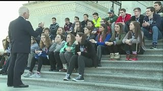 Download Rep. Johnson talks to local students on steps of Capitol Video