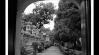 Download Hà Nội mùa vắng những cơn mưa - Cẩm Vân Video