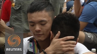 Download Taiwan rules in favour of gay marriage Video