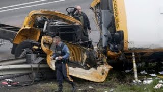 Download New Jersey school bus accident leaves student, teacher dead Video