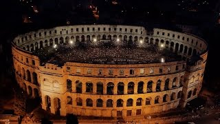 Download 2CELLOS - LIVE at Arena Pula 2013 [FULL CONCERT] Video