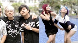 Download Guys vs Girls: Teenagers Video