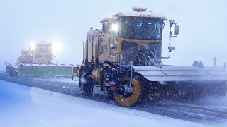 Download Extreme Airport Snow Plowing | Aomori's White Impulse Story ★ ONLY in JAPAN Video
