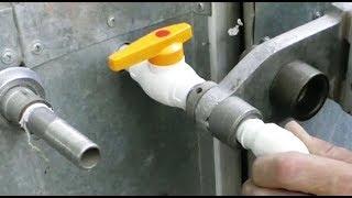 Download Пайка нового водопровода в мастерской. Video