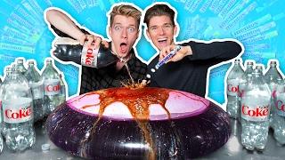Download WUBBLE BUBBLE vs DIET COKE MENTOS EXPERIMENT! Video