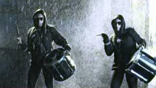 Download Tinchy Stryder- Let It Rain (feat. Melanie Fiona) Video