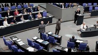 Download EKLAT IM BUNDESTAG: Nach scharfen Angriffen - AfD verlässt den Plenarsaal Video