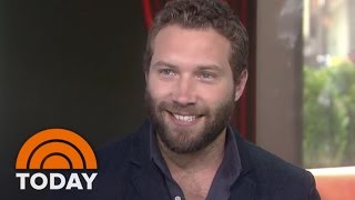 Download Jai Courtney Ripped Pants During 'Insurgent' | TODAY Video