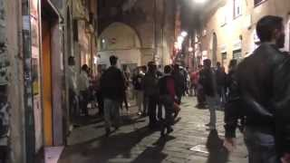 Download Genoa old town on a saturday night - Genova - دمشق القديمة Video