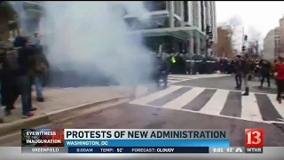 Download Police and protesters clash Video