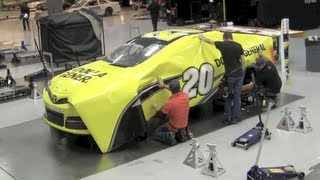 Download How NASCAR race cars get their color - Matt Kenseth's Dollar General Toyota Camry wrap Video