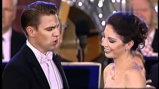 Download Hanna Elisabeth Müller & Martin Mitterrutzner - Wer hat die Liebe uns ins Herz gesenkt 2011 Video