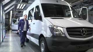Download Mercedes-Benz Sprinter (Production) (2014) Video