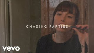 Download Sasha Sloan - Chasing Parties Video