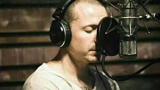 Download Chester bennington recording vocals in the studio (chester grabando voces en el estudio) Video
