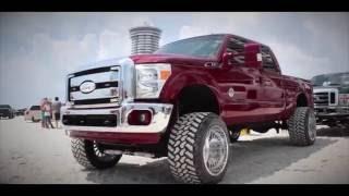 Download Custom Offsets Daytona Meet 2016 (8K Trucks) Video