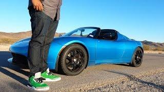 Download Will an NFL Lineman Fit Inside a Tesla Roadster? Video