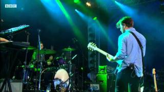 Download The Naked and Famous perform Young Blood at Reading Festival 2011,BBC Video