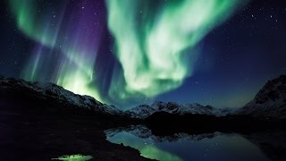 Download Aurora Borealis in 4K UHD: ″Northern Lights Relaxation″ Alaska Real-Time Video 2 HOURS Video