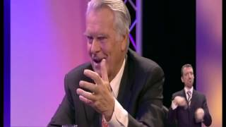 Download Steve Richards talks to Tony Benn, David Owen and Roy Hattersley - 4th March 2007 (2/2) Video