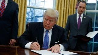Download Trump signs executive orders Video