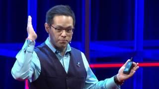 Download พลิกมุมคิด... ชีวิต Take Off | เอกก์ ภทรธนกุล | TEDxChulalongkornU Video