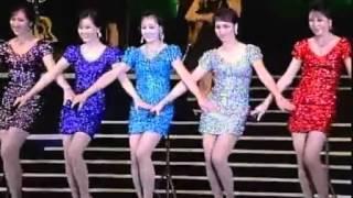 Download 朝鮮牡丹峰樂團 超短迷你裙美女5重唱 《學習吧》 high爆全場 Video