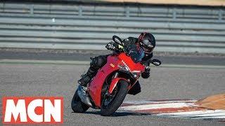 Download Michelin Road5   Tyre Launch   Motorcyclenews Video