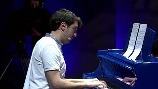 Download La Clásica no es clásica | Alejandro Puerta Cantalapiedra | TEDxYouth@Valladolid Video