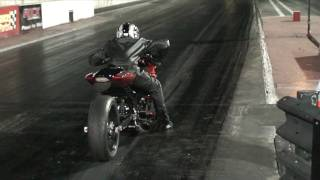 Download Snoop riding the H3LL out of LiL UG GSXR 1000 Drag Race Video