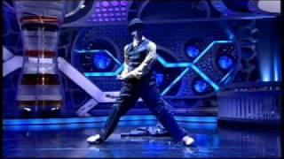 Download Salah Robot Hormiguero Creartys - best dancer Video