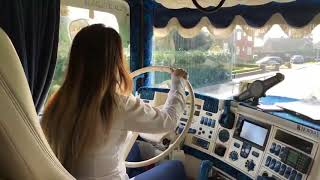 Download (Trucking Girl) Amazing Woman Drive A Scania R730 V8 Power (Incredible Sound!) Video