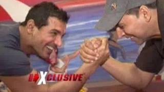 Download Akshay Kumar & John Abraham promote Desi Boyz Video