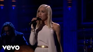 Download Gwen Stefani - Used To Love You (Live On The Tonight Show) Video