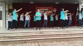 Download Dân vũ rửa tay + té nước + marry you 11a6 Video