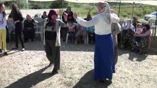 Download Akşehir Düğünleri / Bermende Zeybeği Video