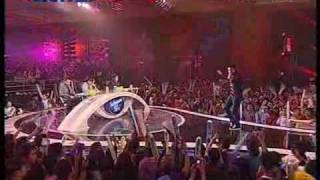 Download Igo - Enggo Lari [ Dua Sisi,Spektakuler 9 ] Indonesian Idol 2010 / 09-07 Video