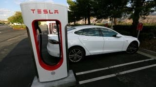 Download Tesla facing potential bankruptcy in 3-6 months? Video