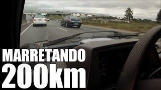 Download GOL TURBO EMPURRANDO MERCEDES C-200 - MARRETANDO OS 200KM - PASSA MAL Video