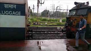 Download Coupling of Twin Banker WCAM 3 to LTT - VSKP Express at Karjat Station Video
