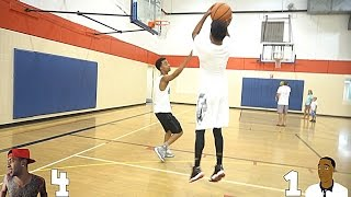Download 1 VS 1 Against FlightReacts!! LOSER BURNS THEIR SHOES!!! Video