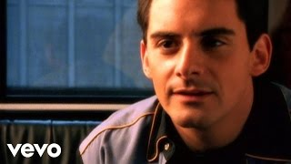 Download Brad Paisley - Wrapped Around Video