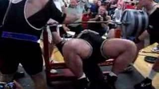 Download WORLD RECORD Ryan Kennelly benches 1070 Video