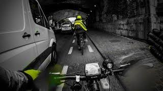 Download VéloVlog J'ai enfin utilisé mon klaxon en situation réelle - Micbusi - Video